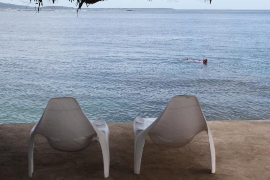 Tara Beach Bungalows: Jetty