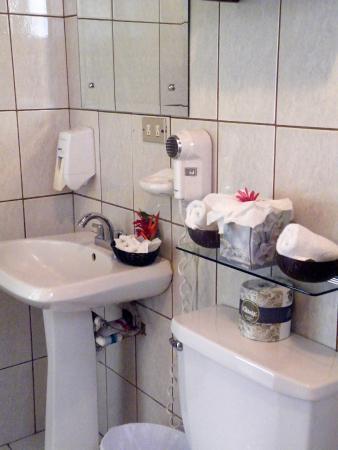 Hotel Playa Espadilla: Baño