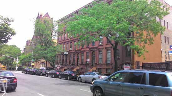 Chic&Budget New York: Bairro do hotel