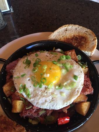 Starky's Authentic Americana : Best Breakfast in Bozeman
