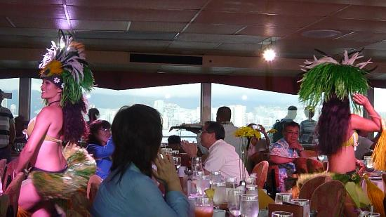 Star of Honolulu - Dinner and Whale Watch Cruises: フラダンスショー