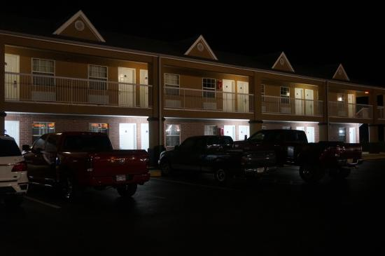 Beebe, AR: well lit property at night for added safety