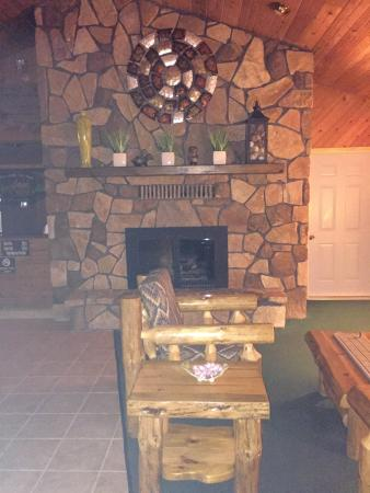 Saint Germain, WI: The lobby, very inviting from the second you walk in!