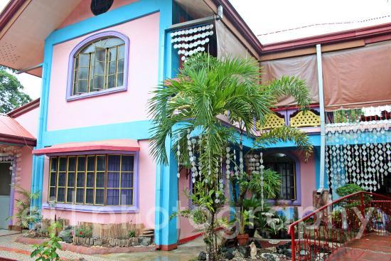 Color Mansion