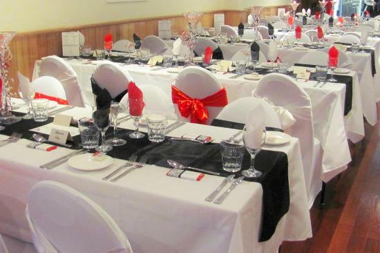 Wedding Reception Table Setup 1 - Picture of Da Ricardos, Croydon ...