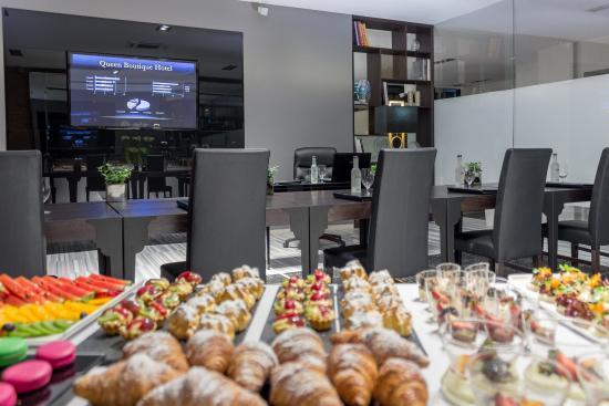 Queen Boutique Hotel Krakow Breakfast