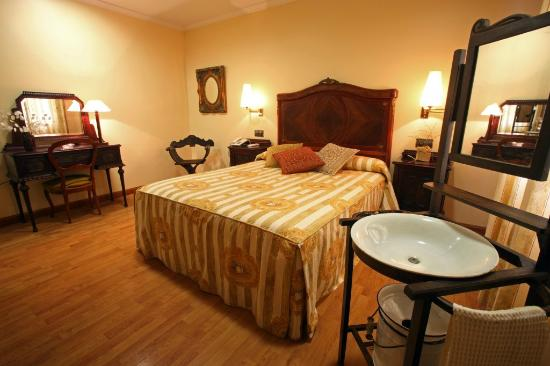 Hotel Restaurante El Pentagono