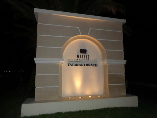 Mitsis Faliraki Beach Hotel: 8