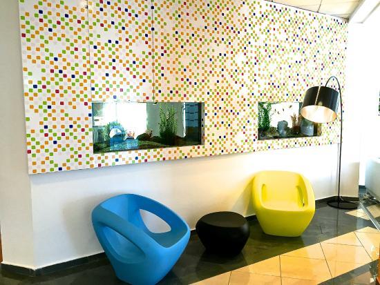 smartline Lantiana Gardens: Reception area