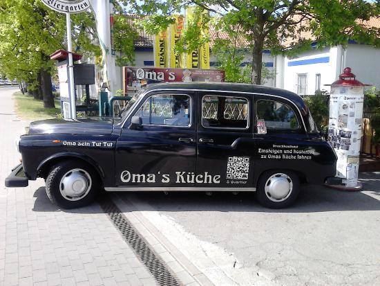 """Oma""""s Kueche: Taxi als Zubringer nach Omas Küche"""