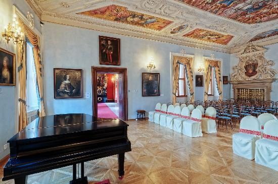 Prague Castle - Midday Classic Concert at Lobkowicz Palace