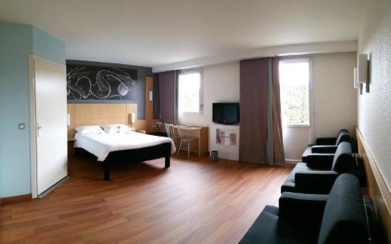 Chambre Famille 5 Personnes Photo De Hotel Ibis Macon Sud Creches