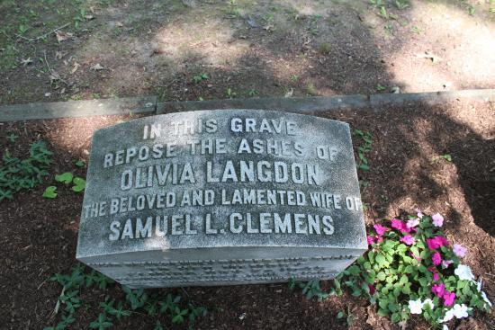 Woodlawn Cemetery of Elmira: Mark Twain
