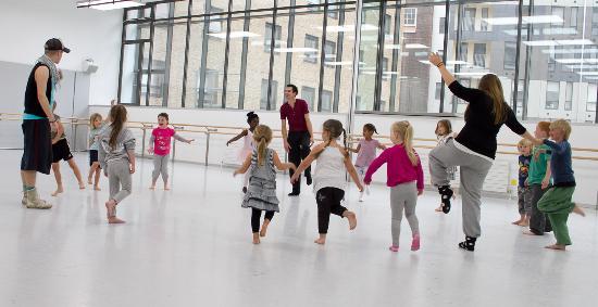 DanceEast: Classes