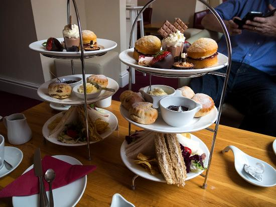Chocolate Deli Coffee and Patisserie: Afternoon tea at the Chocolate Deli in Worcester