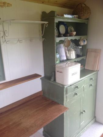 Walnut Tree Farm Camping & Bunk House: Inside