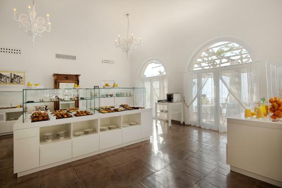 NH Collection Grand Hotel Convento di Amalfi: Breakfast