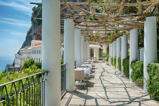 NH Collection Grand Hotel Convento di Amalfi: Restaurant - Hotel Terrace