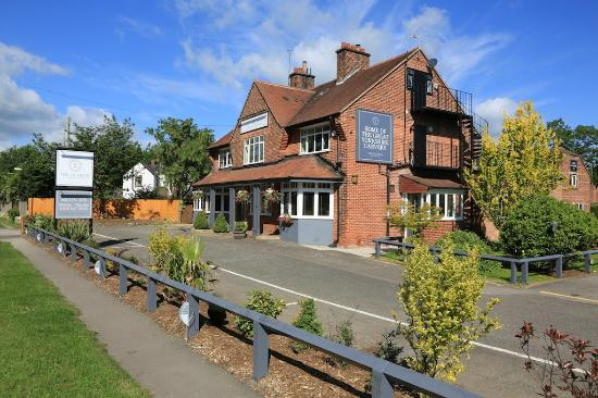 The George: Close road view