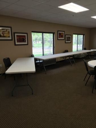 Parkwood Inn & Suites: Longview Conference Room