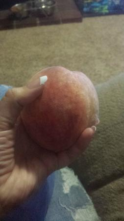 Delta, PA: The size of these peaches!!