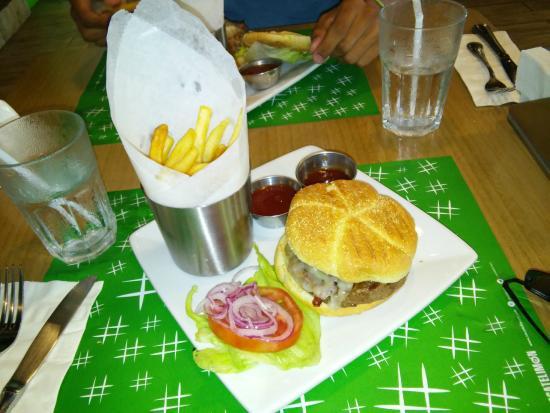 Zacatelimón: Very Good Burger
