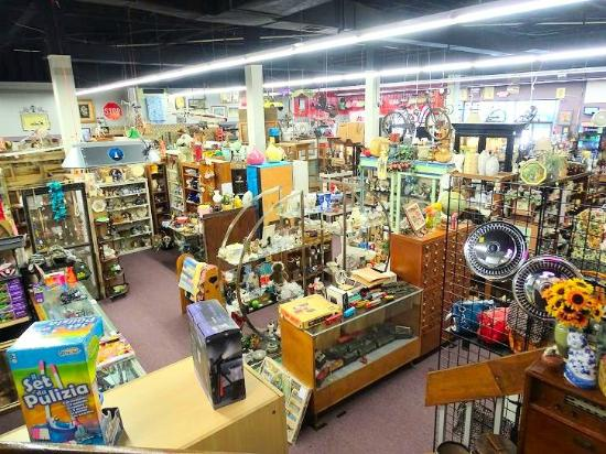 K&A Consignments and Collectibles
