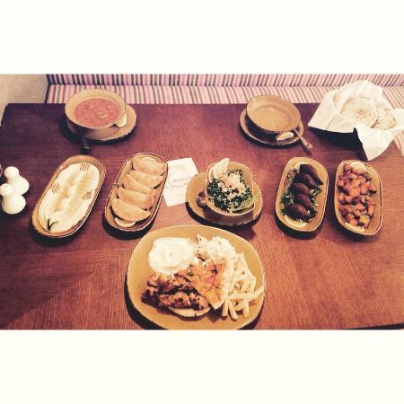 Miskeh Lebanese Restaurant: Iftar