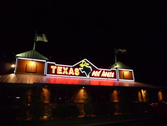 L 39 ext rieur du restaurant picture of texas roadhouse for Exterieur restaurant