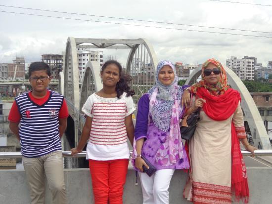 Hatir Jheel : with family
