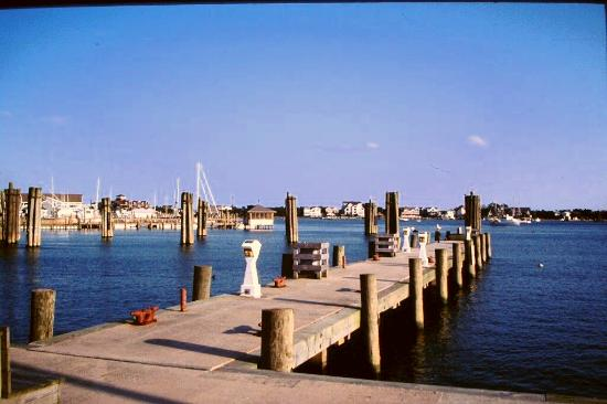 Ocracoke Island Visitor Center : pier view