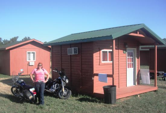 Shade Valley Camp Resort: the least expensive cabins, $1600 for 7 dys