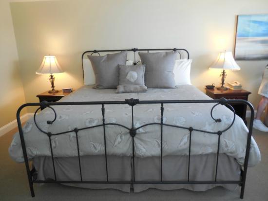 Chatham Highlander: Nice comfortable king bed