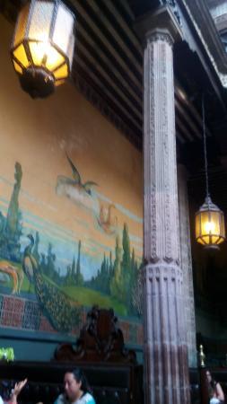 Sanborns de los Azulejos: murales