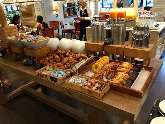 breakfast buffet picture of renaissance amsterdam hotel