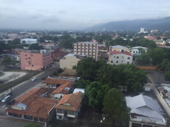 Crowne Plaza San Pedro Sula: Vistas