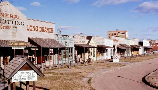 main street dodge city - bild von boot hill museum, dodge city
