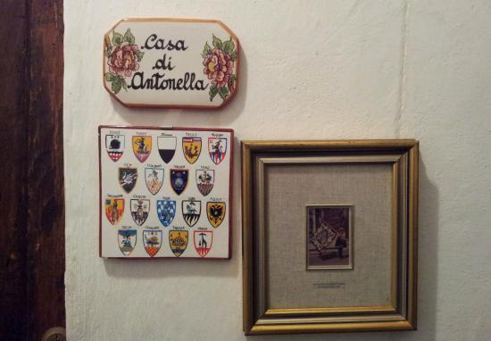 La Casa di Antonella: front door