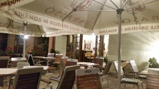 Gustari: Restaurant Gusta