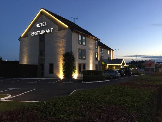 Best Western Hôtel L'Atelier 117: Whilst slightly off the main town centre the location and quality make this a great place to sta