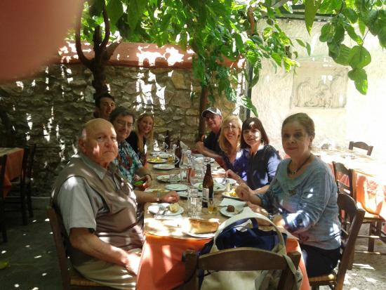 Karavitis Tavern: Wonderful 31 years later!