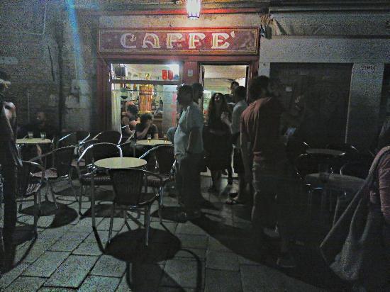 Il Caffe (aka Caffe Rosso): Il Caffè (o Caffè Rosso)