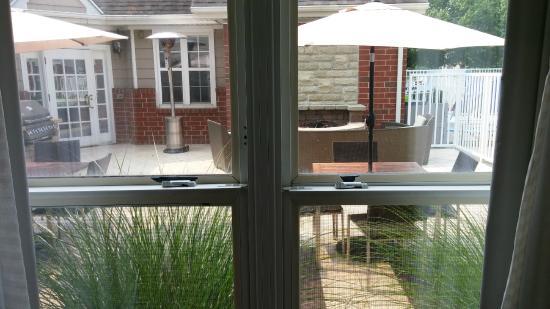 Residence Inn Grand Rapids West: Next door to outdoor patio