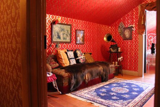 Palace Grand Theatre : Klondike Kate's recreated sitting room