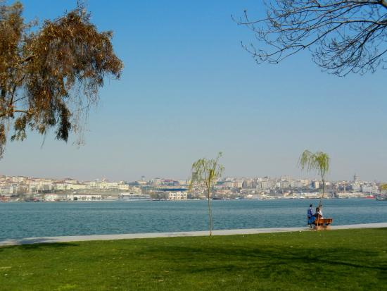 Ibb Halic Nedim Parki