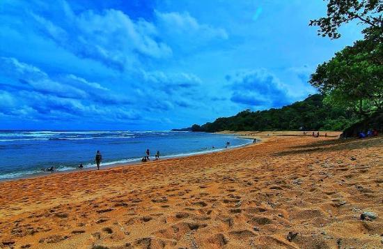 Ngliyep Beach
