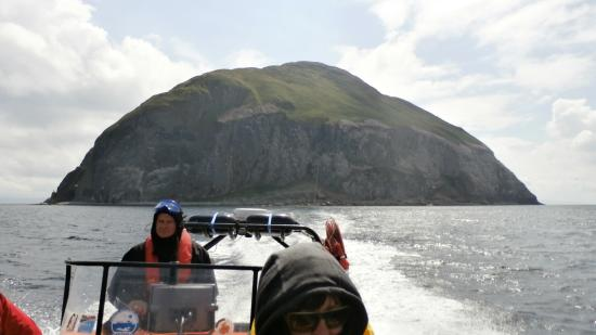 Mull of Kintyre Seatours: Ailsa Craig fron the rib boat