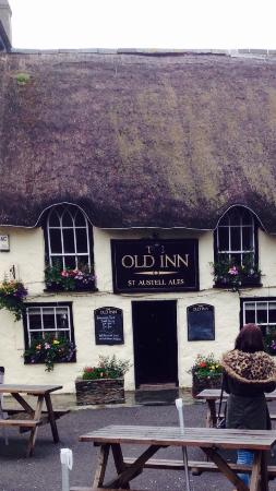 The Old Inn- Mullion: Pretty pub with good food