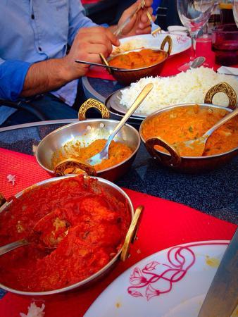 Maison de l'Inde: Entrée pour goûter de tout et bons petits plats !