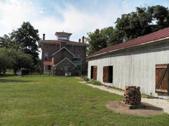 G. W. Henderson Plantation - Henderson Hall: school house and back of Henderson Hall